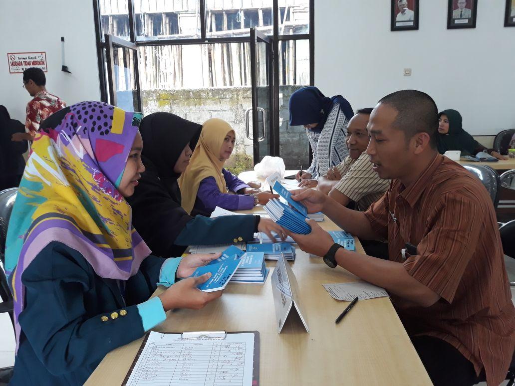 Profil Dinas Kesehatan Kota Surabaya Tahun 2015 KATA PENGANTAR